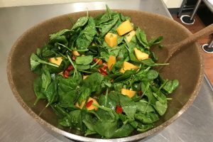 Fresh spinach, melon & mint salad